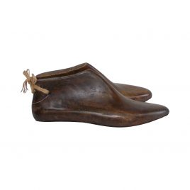 Vintage wooden shoe (small)